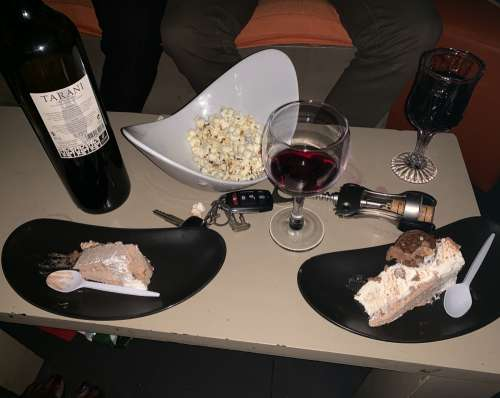 food, glass, wine, bottle, drink, glass, cake, popcorn, night club, bar, party, nutrition, diet