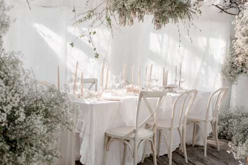 Light Floral Wedding Table Setting Photo