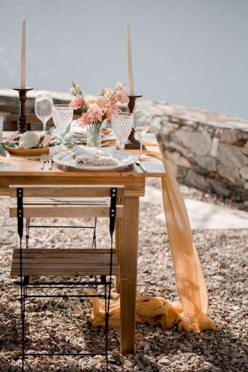 Outdoor Wedding Reception Table Setting Photo