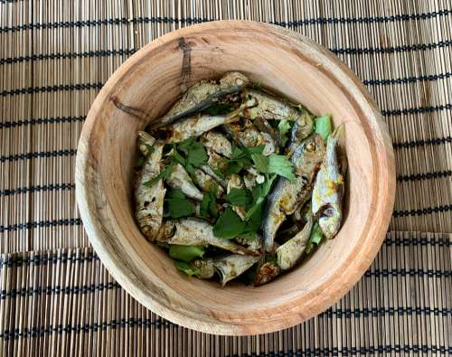 food, wooden, healthy, delicious, cooking, lunch, meal, dish, bowl, vegetable, seasoning, flavoring, spices, herbs, diet, nutrition, desktop, fish, tchèkè