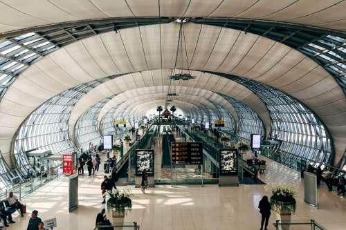 Busy Airport Terminal Corridor Photo