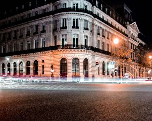 Parisian night life